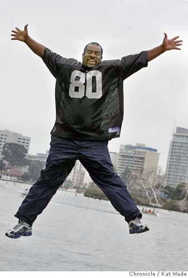.jpg  On Sunday August 20, 2006 Orlando Harding, author and creator of Pariah, the first major comic book set in Oakland poses by Lake Merrit in Oakland where his hero, Pariah, a fallen angel, emerges to fight evil in the East Bay.  Kat Wade/The Chronicle **(Subject) cq Mandatory Credit for San Francisco Chronicle and photographer, Kat Wade, Mags out Photo: Kat Wade