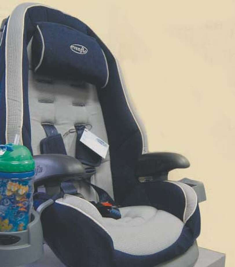 The state Legislature has passed a bill to require parents to strap their kids into backseat car booster seats until they are 8 years old or reach a certain height.