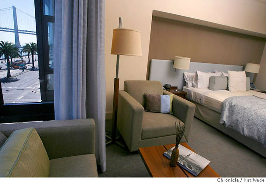 HOTELS_VITALE_008_KW_.jpg  On Thursday August 17, 2006 a fourth floor room on the east side of the Hotel Vitale on Mission Street at the Embarcadero has anl asian flare and a view of the Bay Bridge. Kat Wade/The Chronicle **(Subject) cq Photo: Kat Wade