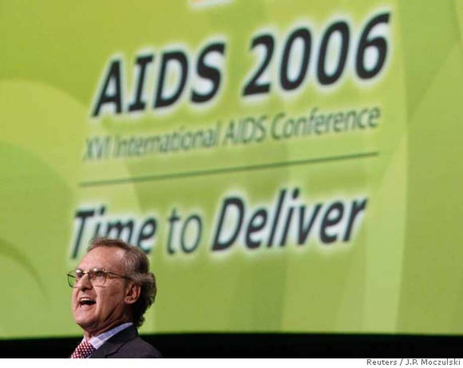 Stephen Lewis delivers his final speech to AIDS Conference in Toronto Photo: J.P. MOCZULSKI