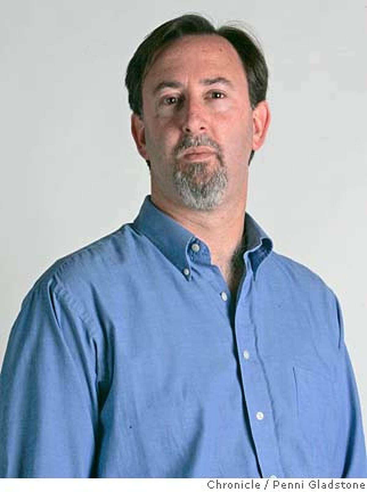 sf chron writer, Mark Fainaru-Wada. photo by penni gladstone, sf chronicle 5/3/06