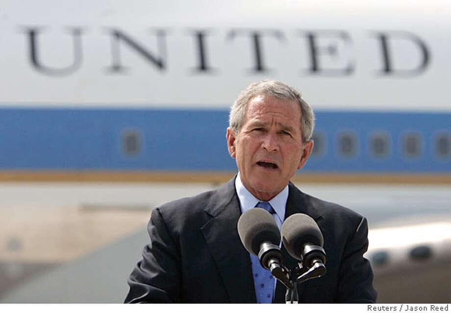 U.S. President Bush speaks in Green Bay Photo: JASON REED