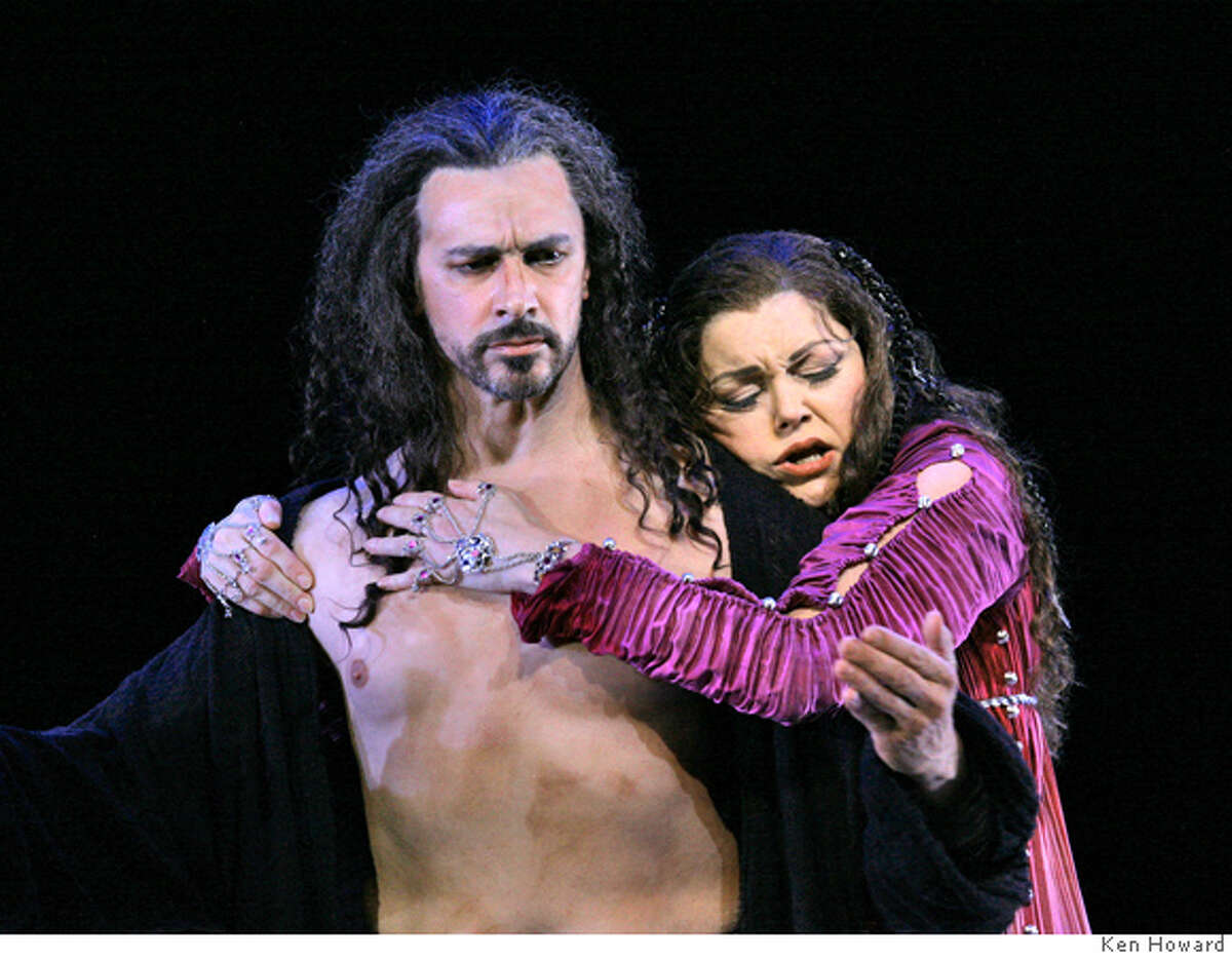 Salome Greer Grimsley & Janice Watson Sung in German Music by Richard Strauss Based on the play by Oscar Wilde German translation by Hedwig Lachmann All photos taken by Ken Howard, � 2006