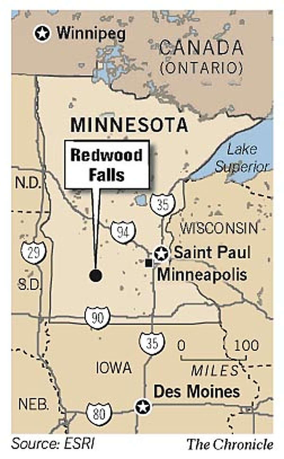 Redwood Falls, Minnesota. Chronicle Graphic