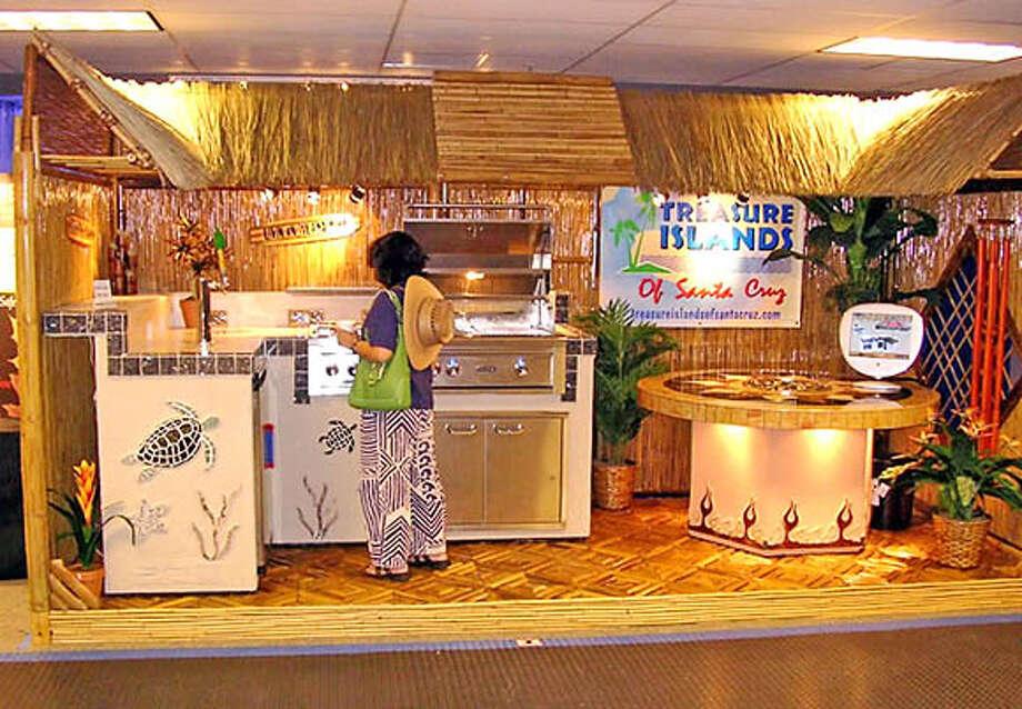 """Treasure Islands of Santa Cruz"" exhibit at Expo Daily"
