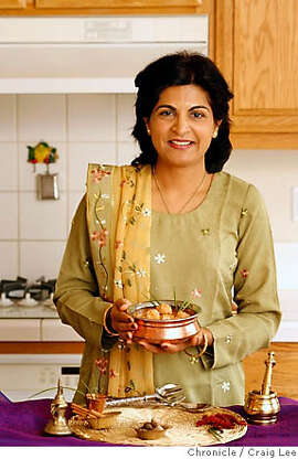 CHEFSFAVES_100_cl.JPG  Photo of Laxmi Hiremath, a cookbook author/writer, in her home. She made a dish called chicken Kofta.  Craig Lee / The Chronicle MANDATORY CREDIT FOR PHOTOG AND SF CHRONICLE/ -MAGS OUT