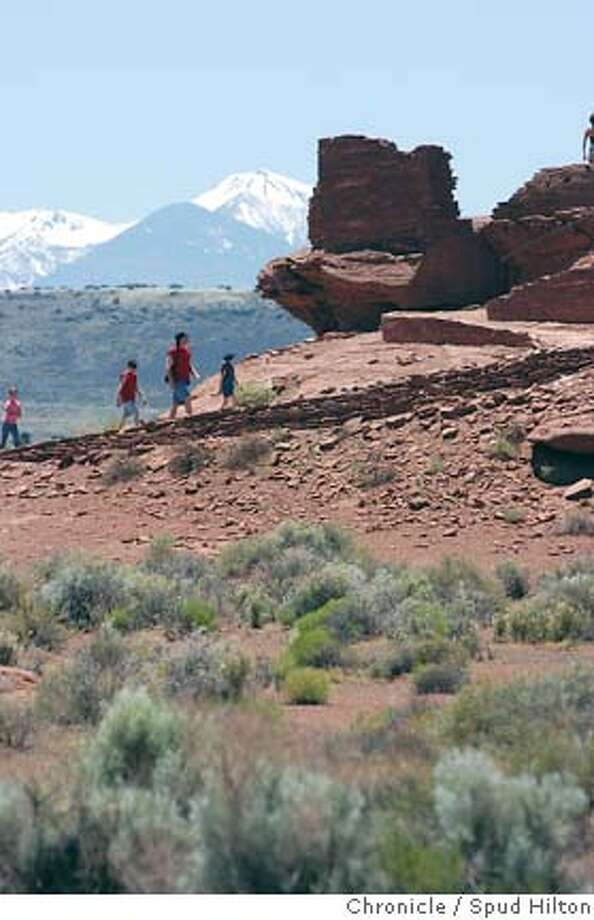 TRAVEL FLAGSTAFF - The Wukoki pueblo ruins in Wupatki National Monument. The 800-year-old building was the work of the Sinagua people, who likely lived here during the continued eruption of nearby Sunset Crater. Flagstaff on 5/21/05.  Spud Hilton / The Chronicle Photo: Spud Hilton