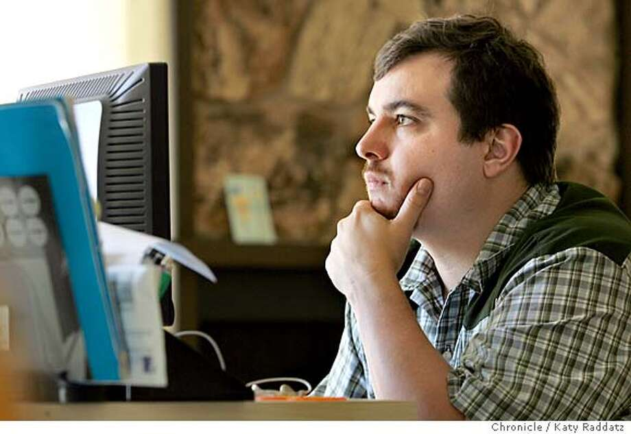 GAMING13_050_RAD.jpg  SHOWN: Chris Ferejohn makes a living playing online poker, which he is doing in this picture, at home in San Francisco. Photo taken on 7/11/06, in San Francisco, CA.  (Katy Raddatz/The S.F.Chronicle)  **Chris Ferejohn  Ran on: 07-13-2006  Chris Ferejohn makes a living playing online poker at home in San Francisco. Photo: Katy Raddatz