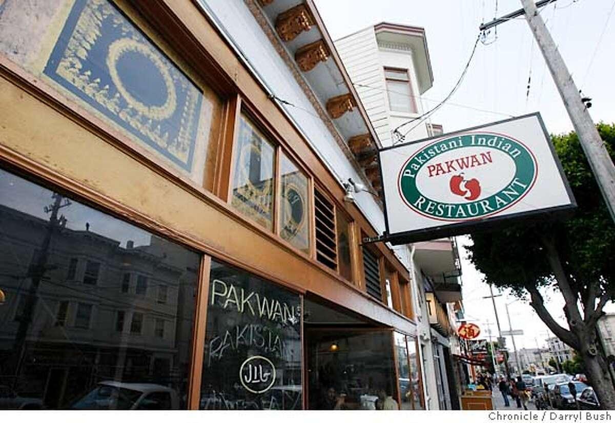 bargain06pakwan_0077_db.JPG Pakwan has bargain Pakistani Indian food on 16th Street in San Francisco, CA on Wednesday, June 28, 2006. shot: 6/28/06 Darryl Bush / The Chronicle ** Sara Galvin (cq)