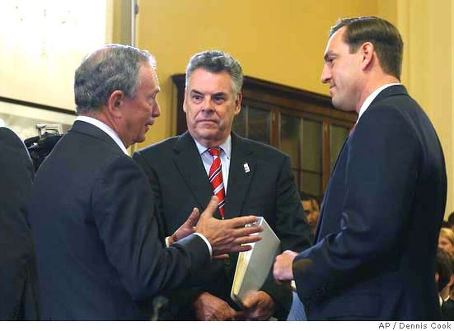 Michael Bloomberg, Peter King, Vito Fossella Photo: DENNIS COOK
