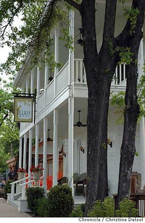 Tallman Hotel, Upper Lake Photo: Christine Delsol