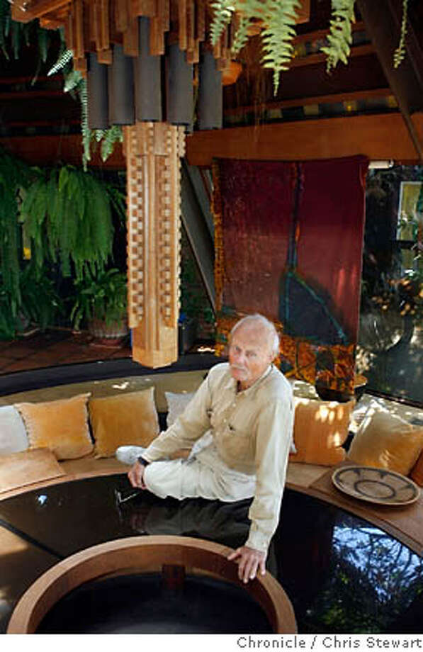 .jpg Event on 6/2/06 in Pt. Richmond.  Architect Walter Thomas Brooks, photographed at his Point Richmond home.  Chris Stewart / The Chronicle  Walter Thomas Brooks ; architect MANDATORY CREDIT FOR PHOTOG AND SF CHRONICLE/ -MAGS OUT Photo: Chris Stewart