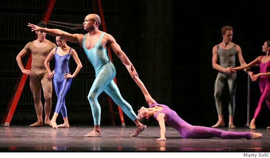 "Oakland Ballet's ""Bolero,"" dancers TK.  Oakland Ballet  ""Bolero""  Oactober 2007 Photo: HO"