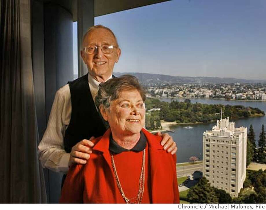 .jpg  Herb and Marion Sandler in their Oakland offices overlooking Lake Merritt.  Herb and Marion Sandler, the husband and wife team built Golden West Financial from a pair of small Oakland Savings and Loans into a banking behemoth that was sold last week to Wachovia for $24 billion. The Sandlers are major philanthropists for progressive causes and fairly iconoclastic in their approach to many things. Photo by Michael Maloney / San Francisco Chronicle on 5/17/06 in Oakland,CA MANDATORY CREDIT FOR PHOTOG AND SF CHRONICLE/ -MAGS OUT Photo: Michael Maloney