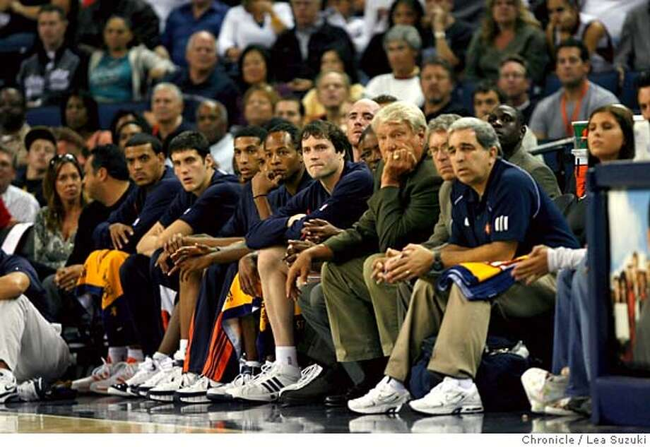 warriors_preseason_410_ls.jpg  Don Nelson (third from right on the bench) watch the game from courtside during the second half. Golden State Warrriors vs. Los Angeles Clippers at Oracle Arena. Lea Suzuki / The Chronicle Photo taken on 10/14/07, in Oakland, CA, USA �2007, San Francisco Chronicle  MANDATORY CREDIT FOR PHOTOG AND SAN FRANCISCO CHRONICLE/NO SALES-MAGS OUT Photo: Lea Suzuki