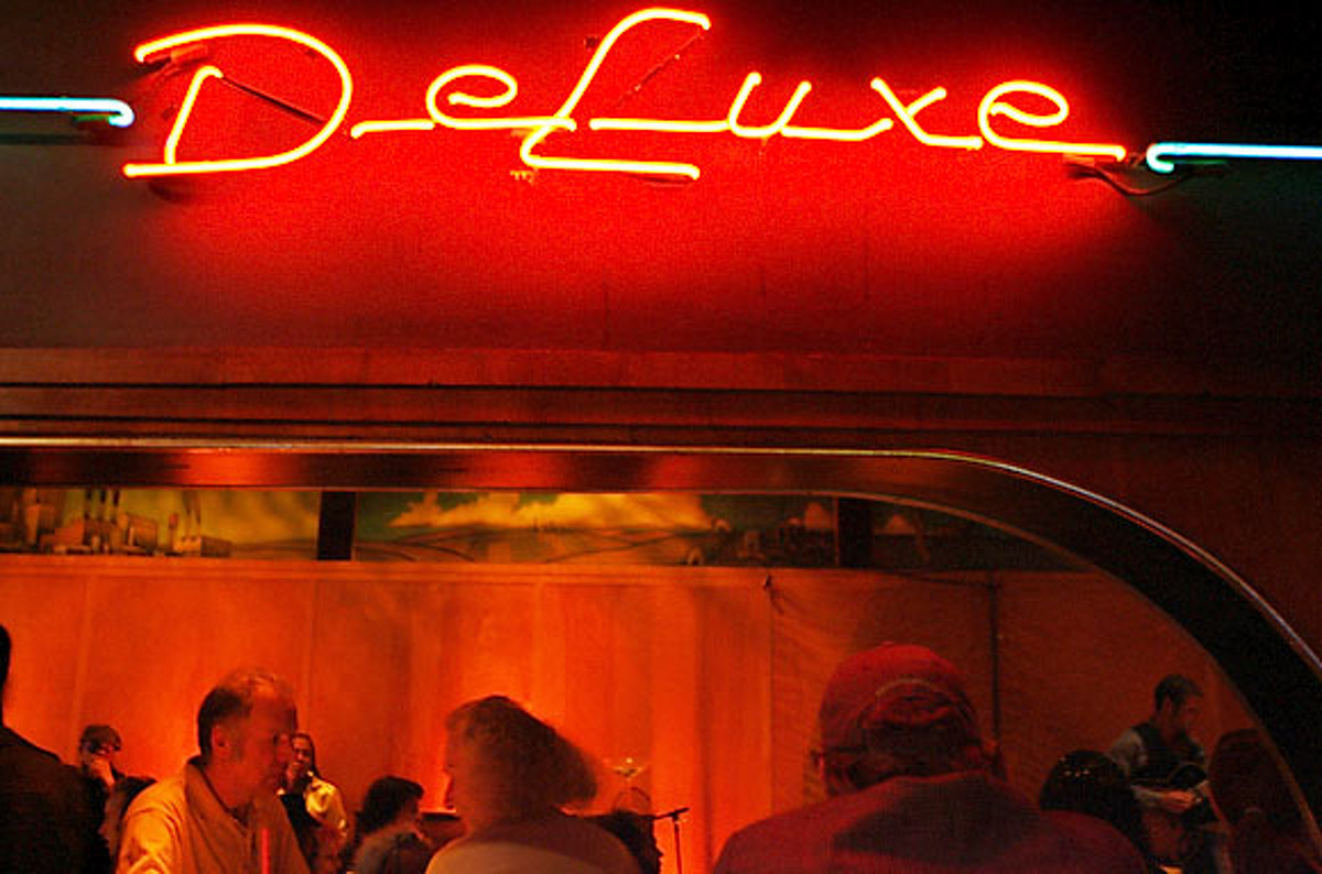 Poets, jazz musicians and fans of both came to Club Deluxe on Haight Street for Poetry and Jazz Night.