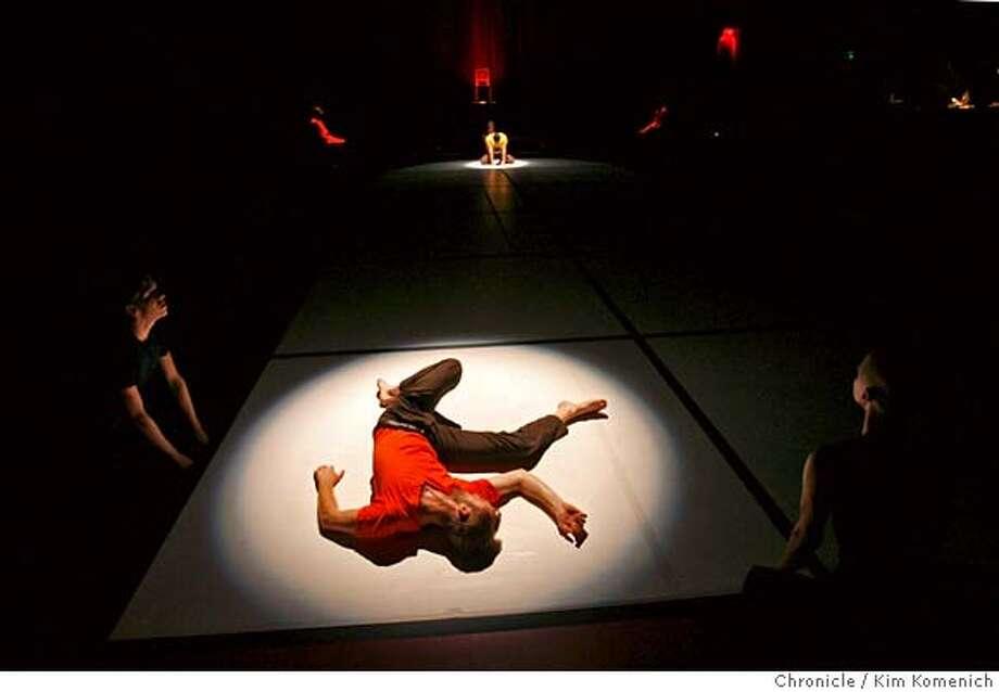 BILLT_217_KK.JPG Bill T. Jones/Arnie Zane Dance Company rehearses Chapel/Chapter at the Yerba Buena Center for the Arts Forum Theater. Photo by Kim Komenich/The Chronicle  ** MANDATORY CREDIT FOR PHOTOG AND SAN FRANCISCO CHRONICLE. NO SALES- MAGS OUT. Photo: Kim Komenich