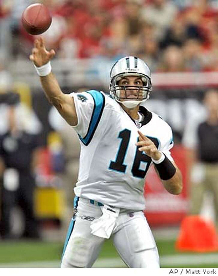Carolina Panthers quarterback Vinny Testaverde throws against the Arizona Cardinals during the second quarter of an NFL football game Sunday, Oct. 14, 2007 in Glendale, Ariz. (AP Photo/Matt York) Photo: Matt York