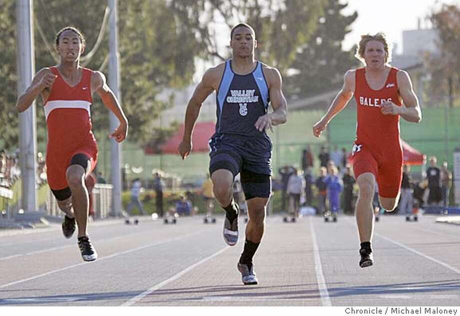 In the 100 meter dash, (from left) Darren Barrera (Independence), Dominique Hunsucker (Valley Christian) and Jeff Weltz (San Benito) cross the finish line. High School athletes compete in the Central Coast Section track and field meet, a final qualifier for the State Meet. The competition was held at San Jose City College.  Photo by Michael Maloney / San Francisco Chronicle on 5/26/06 in San Jose,CA ** Darren Barrera, Dominique Hunsucker, Jeff Weltz (program)  Ran on: 05-27-2006  Dominique Hunsucker (center) of Valley Christian wins the 100 in 10.71 seconds, followed by Darren Barrera (left) and Reggie Topps. Photo: Michael Maloney
