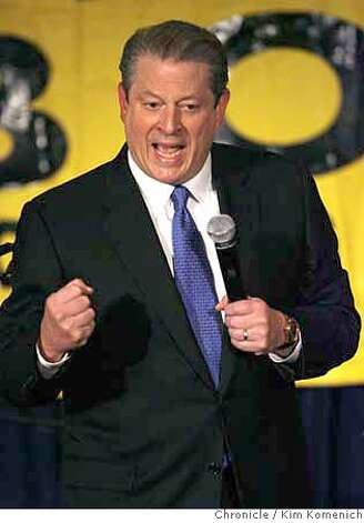 Former Vice President Al Gore appears at a fundraiser for Sen. Barbara Boxer at the St. Francis Hotel Thursday night.  Photo by Kim Komenich/The Chronicle  **Al Gore Photo: Kim Komenich