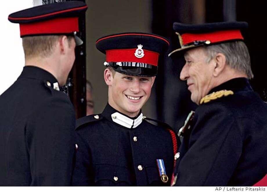 Prince William, Prince Harry Photo: LEFTERIS PITARAKIS