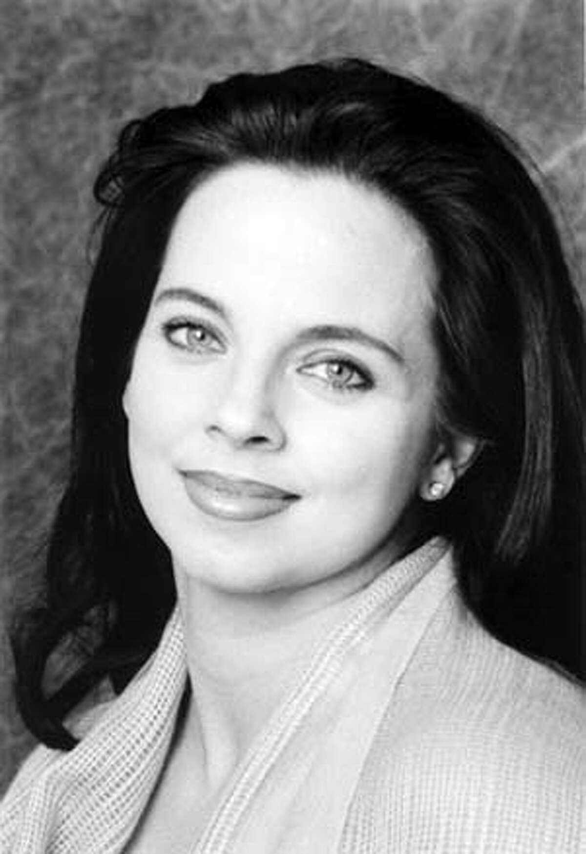 Picture of Michela Alioto-Pier, candidate for District 2 seat on the San Francisco Board of Supervisors. (She is also the incumbent.) Goes with a story slugged WBDISTRICTTWO01. Ran on: 10-01-2004 Alioto-Pier Ran on: 11-03-2004 Richmond Supervisor Jake McGoldrick thanks supporters doing last-minute campaigning on Geary Boulevard at Arguello Boulevard. Ran on: 11-03-2004 Richmond District Supervisor Jake McGoldrick thanks supporters doing last-minute campaigning on Geary Boulevard at Arguello.