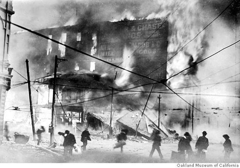 MissionStFire.jpg 1906 Earthquake courtesy of Oakland Museum of California Mandatory Credit Oakland Museum of California Photo: Oakland Museum Of Californiawww