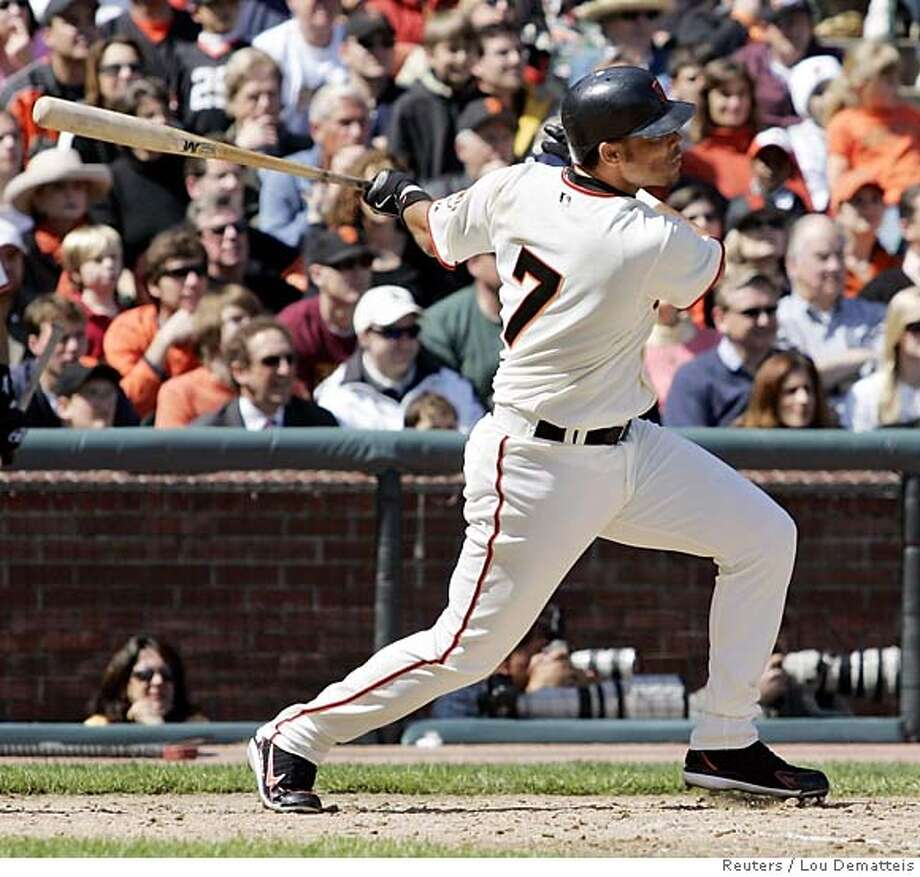 San Francisco Giants Pedro Feliz hits a three-run double off Atlanta Braves starting pitcher Jorge Sosa during the third inning of a game in San Francisco April 6, 2006. Feliz' double was the game-winning hit as the Giants defeated the Braves 6-4. REUTERS/Lou Dematteis Photo: LOU DEMATTEIS