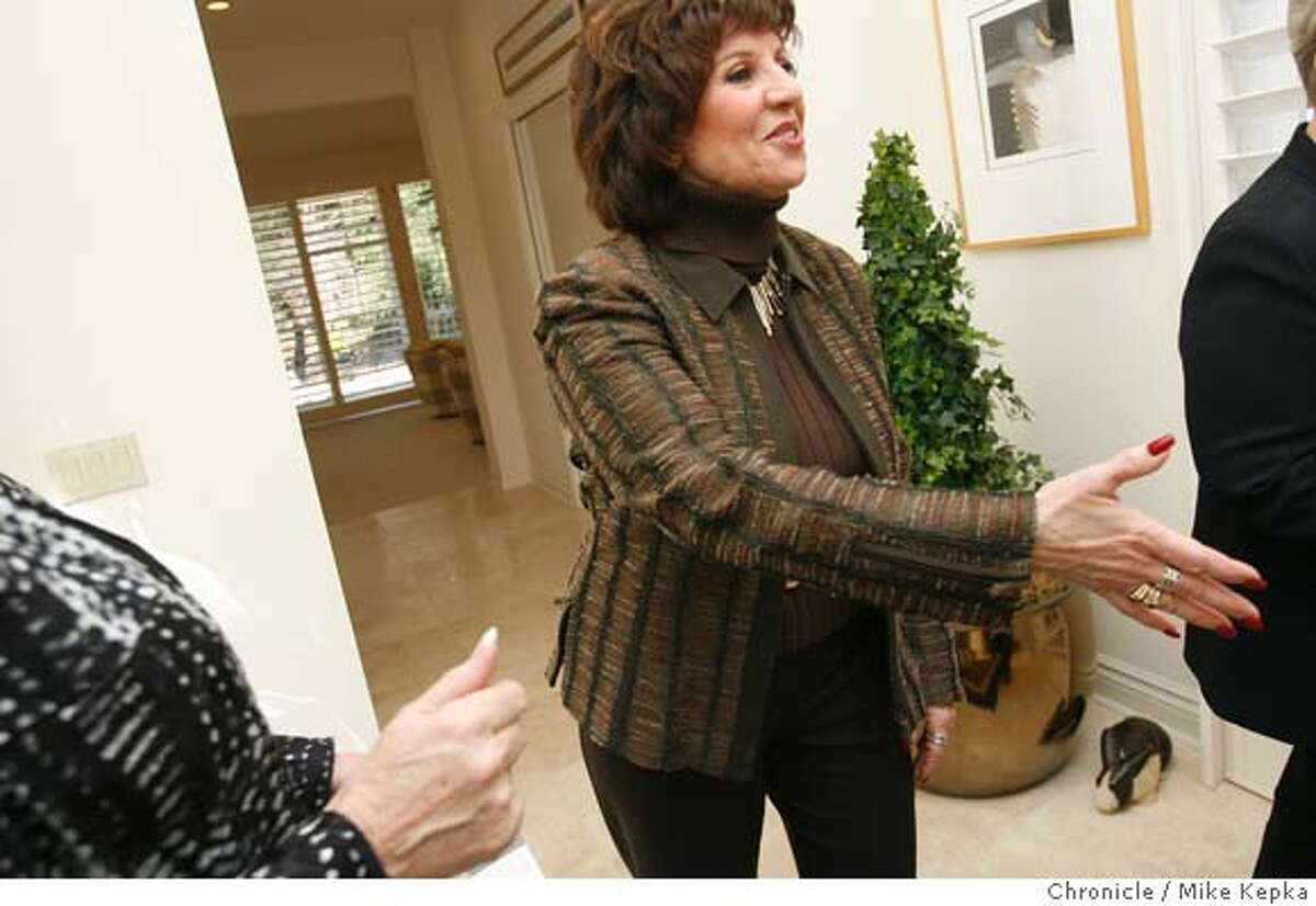 Diane Gilfether meets and greats during an open house for a listing she has in Blackhawk. Danville based real estate broker, Diane Gilfether, has been selling properties for 20 years and now does large amounts of business in Blackhawk. Mike Kepka / The Chronicle MANDATORY CREDIT FOR PHOTOG AND SF CHRONICLE/ -MAGS OUT