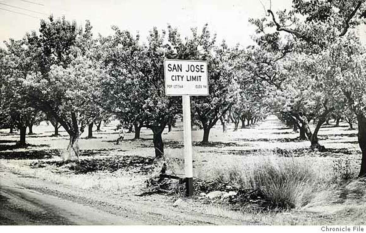 SVHISTORY30_PH1.jpg Date Unknown - San Jose city limit sign. photographer unknown/ San Francisco Chronicle File Photo