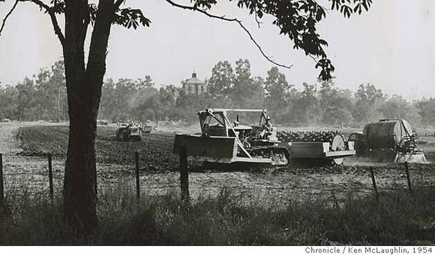 September 28, 1954 - Here begins the conversion of a hay field into the Palo Alto Shopping Center on the Stanford Campus. The tower of Palo Alto Hospital can be seen in the distance. Ken McLaughlin/ San Francisco Chronicle File Photo 1954 Photo: Ken McLaughlin
