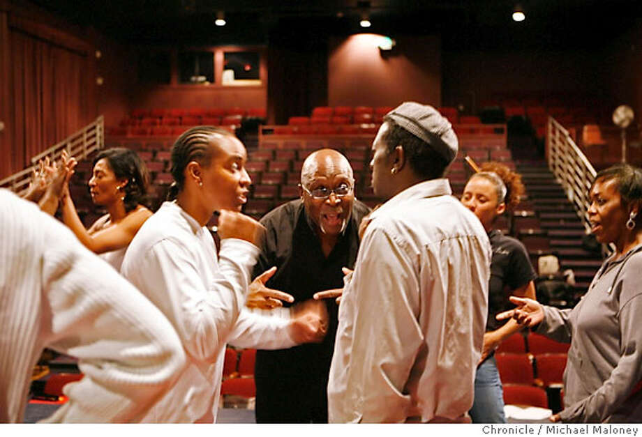"""Director Walter Dallas (center) works with the cast during rehearsal.  The season opener at Lorraine Hansberry Theatre in San Francisco is Toni Morrison's """"The Bluest Eye"""" - adapted for stage. The company under direction of Walter Dallas was in the early stages of rehearsal. Photo taken on 9/18/07 near San Francisco, CA. Photo by Michael Maloney / San Francisco Chronicle  ***Walter Dallas MANDATORY CREDIT FOR PHOTOG AND SF CHRONICLE/NO SALES-MAGS OUT Photo: Michael Maloney"""