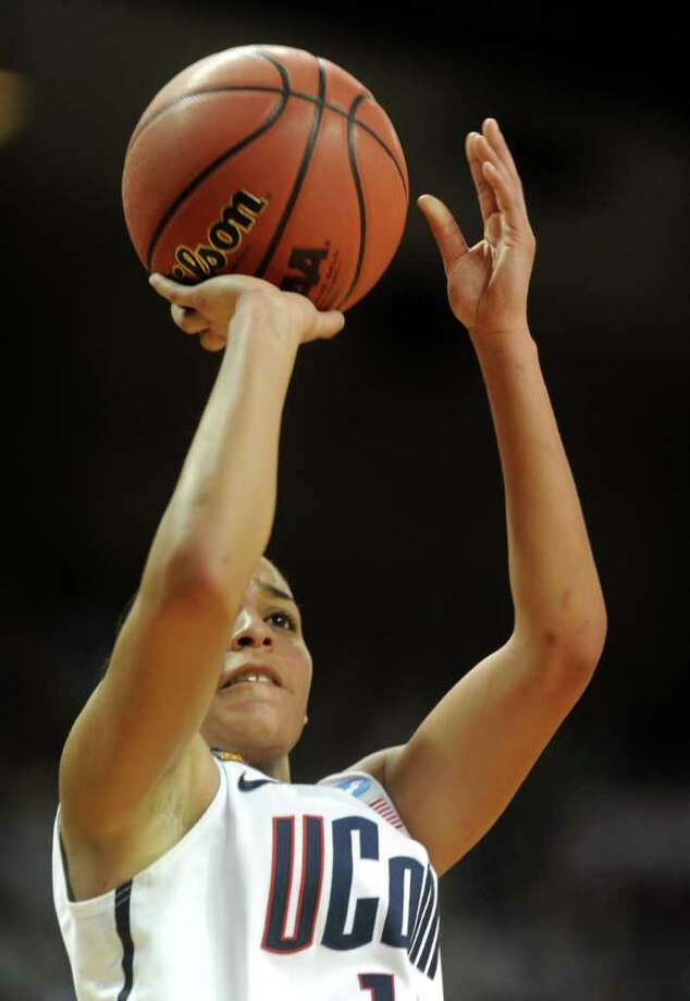 Connecticut's Bria Hartley attempts a shot during the first-round NCAA game against Prairie View at the Webster Bank Arena in Bridgeport, Conn. Saturday, Mar. 17, 2012. Photo: Autumn Driscoll / Connecticut Post