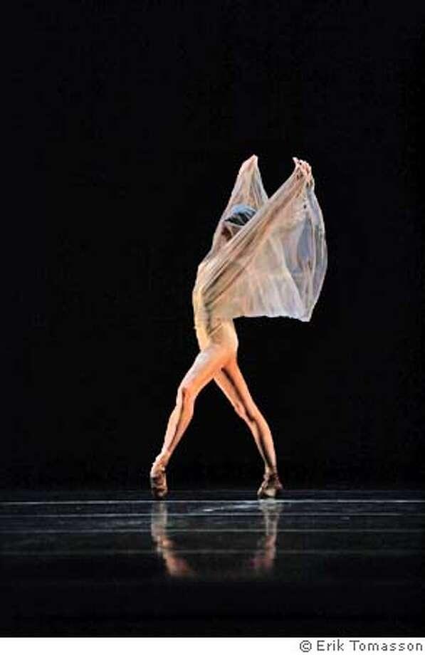 Muriel Maffre in Ballet Mori. Credit: � Erik Tomasson Photo: X