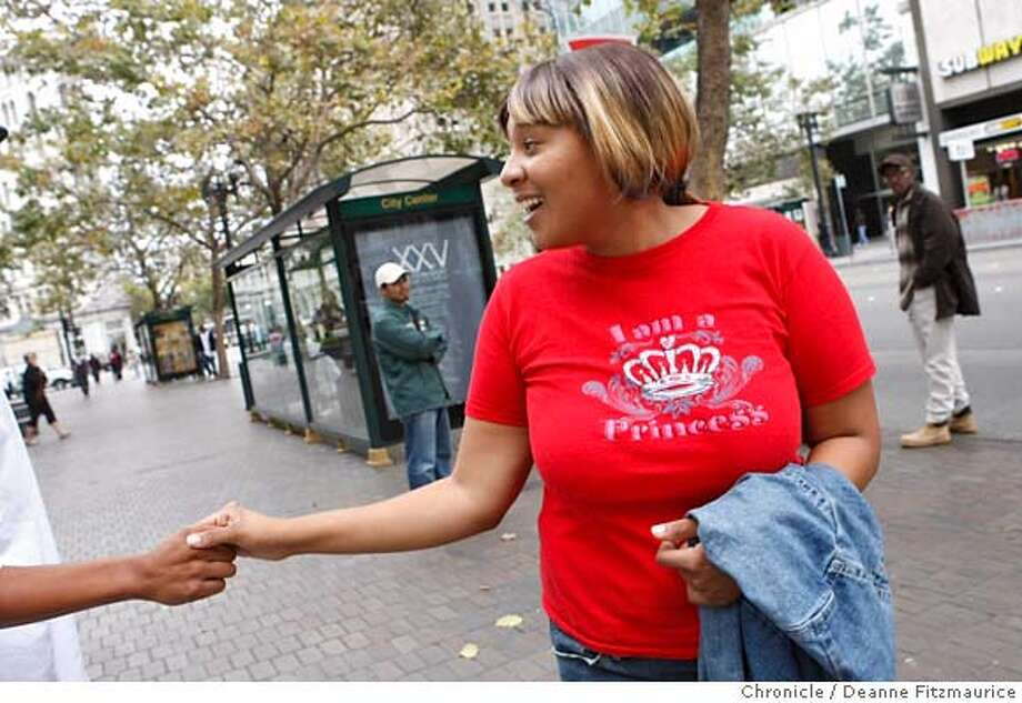 fostercare_047_df.jpg  Jasmenda Brown, 20, runs into a friend who was also in the foster care system. She became homeless as a foster youth. She is now looking for housing and is studying to be a dental hygenist. Photographed in Oakland on 9/28/07. Deanne Fitzmaurice / The Chronicle Mandatory credit for photographer and San Francisco Chronicle. No Sales/Magazines out. Photo: Deanne Fitzmaurice