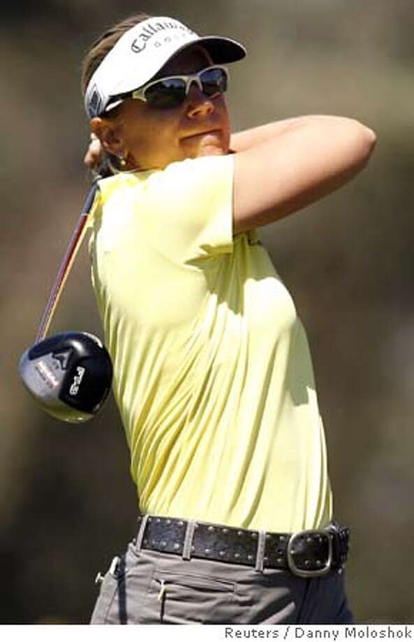 Annika Sorenstam of Sweden drives the ball on the second tee at the LPGA Kraft Nabisco Championship golf tournament in Rancho Mirage, California March 30, 2006. REUTERS/Danny Moloshok Photo: DANNY MOLOSHOK