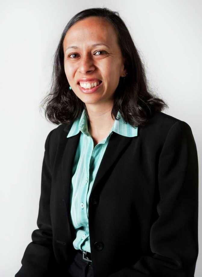Sehba Ali, the new KIPP Houston superintendent, considered a career in medicine, but decided to teach instead. Photo: Cody Duty / © 2011 Houston Chronicle