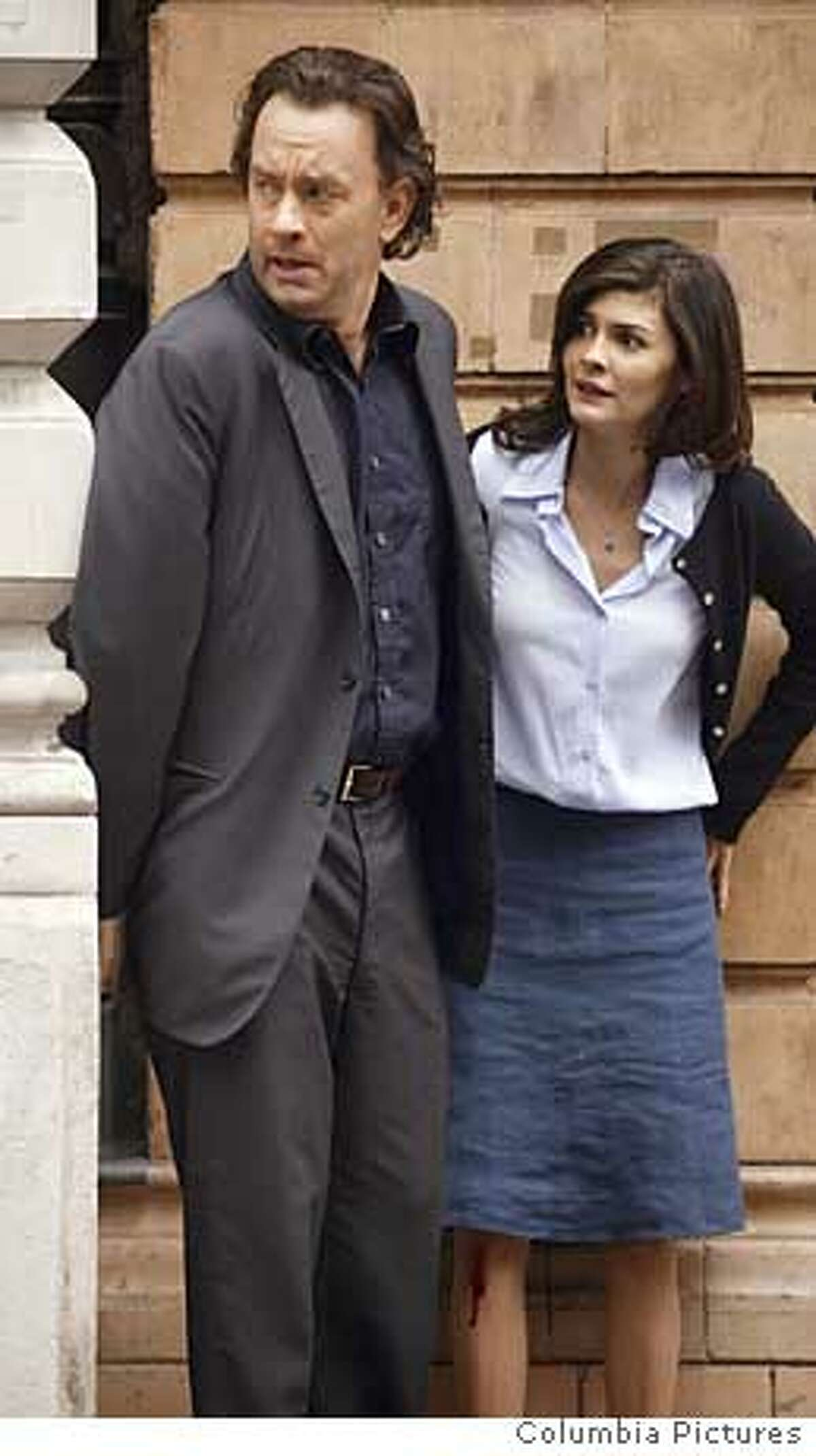 """tom hanks and audrey tautou in """"the davinci code"""" CAPTION:�� September 18, 2005 AUDREY TATTOO & TOM HANKS filming """"The DaVinci Code"""" in London. Fee/Capital Pictures/GAMMA Ran on: 03-27-2006"""