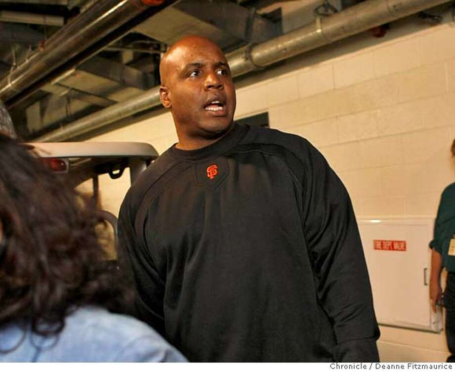 Barry Bonds walks into the locker room before the game on the night it is announced that he will not be back next year as a San Francisco Giants player. Photographed in San Francisco on 9/21/07. Deanne Fitzmaurice / The Chronicle Photo: Deanne Fitzmaurice