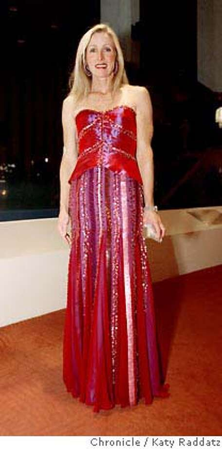 SYMPH21FASH_019_RAD.jpg  SHOWN: Mary Lyn Bondlow wears Lily Samii red sequinned dress. Opening night fashion at the San Francisco Symphony, Davies Symphony Hall, San Francisco, CA.  (Katy Raddatz/The Chronicle)  **Mary Lyn Bondlow, Lily Samii Photo: Katy Raddatz