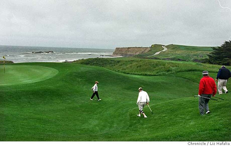 NORCAL GOLF3/C/20APR99/SP/LH--Half Moon Bay Golf Links overlooking the 17th hole.  BY LIZ HAFALIA/THE CHRONICLE Photo: LIZ HAFALIA