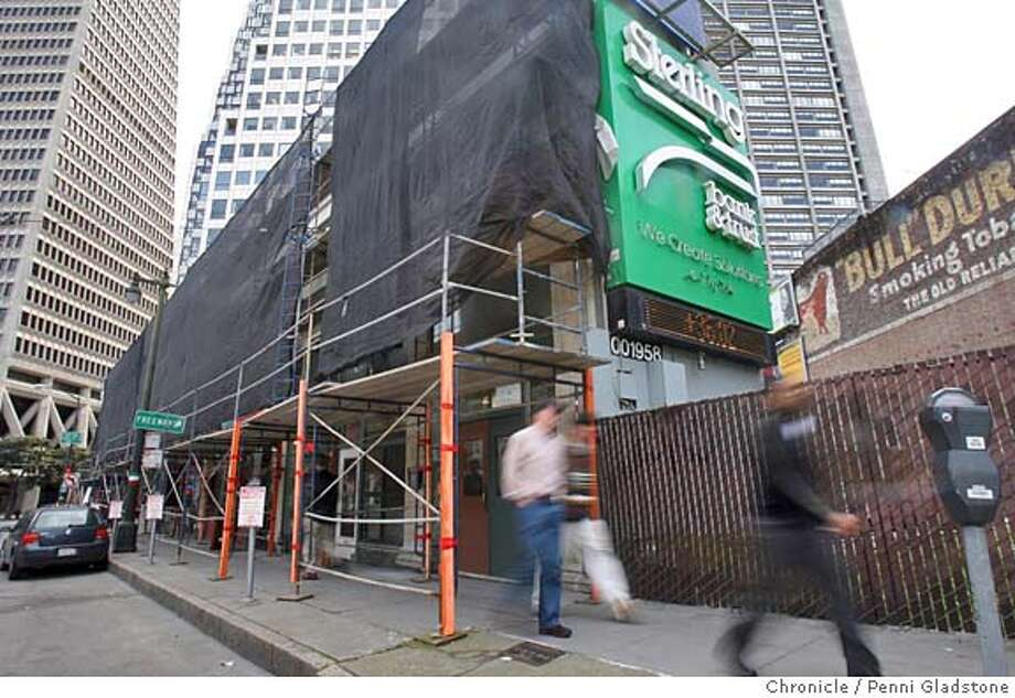 at rt is the Drexler-Colombo building  The Church of Scientology in SF, located at 701 Montgomery, has expressed interest in buying the landmarked Drexler-Colombo building, located at 1-21 Columbus Ave. An ordinance introduced yesterday by Board of Supes president would block the deal. 701 Montgomery and across the street 1-21 Columbus  Photo by Penni Gladstone/The San Francisco Chronicle  Photo taken on 3/9/06, in San Francisco, CA. Photo: Penni Gladstone