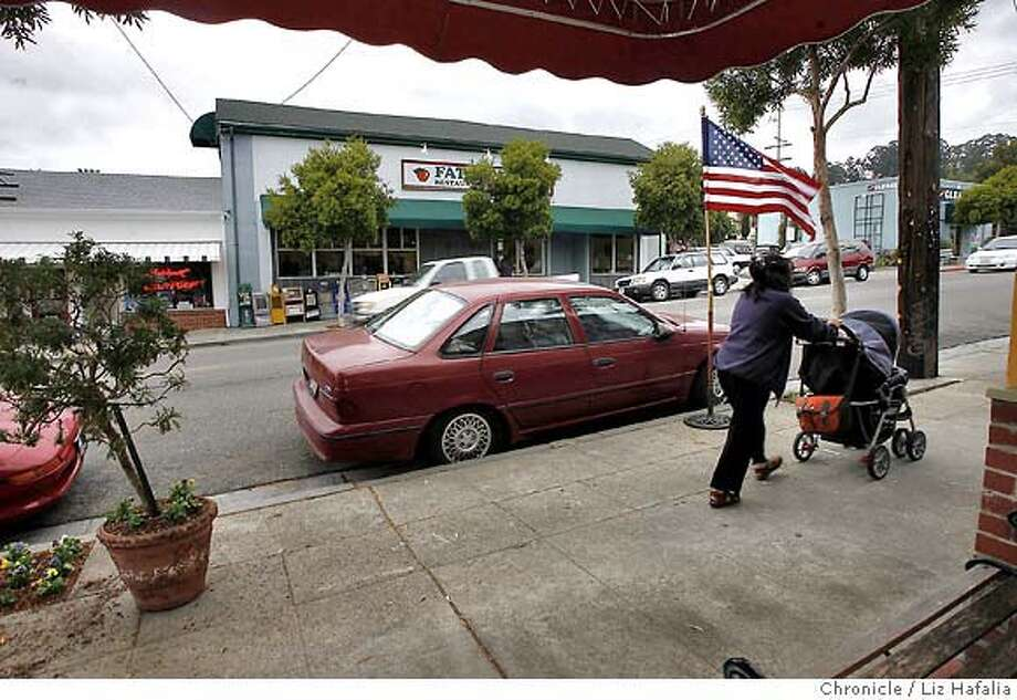 STREETDATE20_072_LH.JPG Fairmount Avenue between Carmel Avenue and Ramona Avenue in El Cerrito.  Liz Hafalia/The Chronicle/El Cerrito/9/13/07  ** cq Ran on: 09-20-2007  Fairmount Avenue, top right, offers places to shop, such as Eclectix, lower right, or to get coiffed, courtesy of Larry Parks, above, with Laurie Holland. Photo: Liz Hafalia