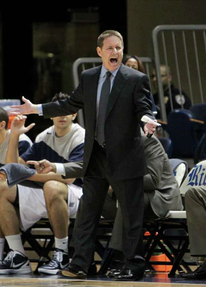 Ben Braun and the Rice Owls were unable to knock off Harvard. Photo: Bob Levey, Houston Chronicle / ©2012 Bob Levey
