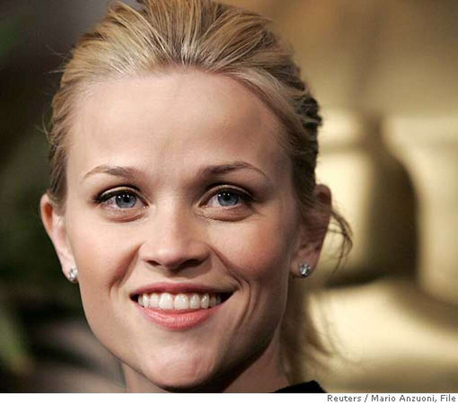 """Oscar-nominated actress in a leading role Reese Witherspoon, for her role in """"Walk the Line"""", arrives at the 78th annual Academy Awards nominees luncheon in Beverly Hills February 13, 2006. The Academy Awards will be given out in Hollywood on March 5. REUTERS/Mario Anzuoni 0 Photo: MARIO ANZUONI"""