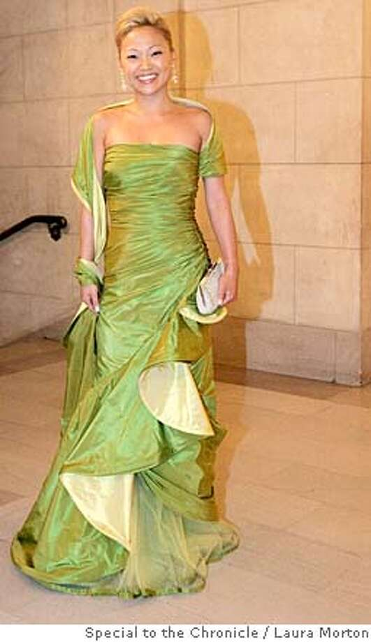 sfopera10_0410_LKM.jpg Jina Kang Kang at the San Francisco Opera Opening Night Gala in Odicini couture.  (Laura Morton/Special to the Chronicle) *** Gina Kang Ran on: 09-10-2007  Jina Kang: Odicini couture. Photo: Laura Morton