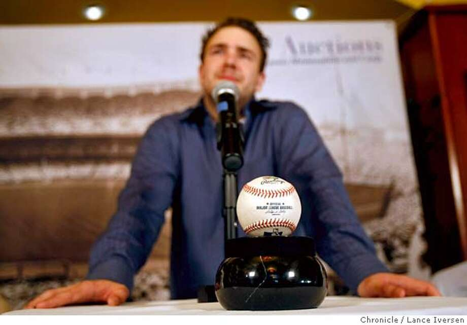 BONDSBALL_I3001.JPG  Matt Murphy, the 22-year-old Mets fan who caught Barry Bonds' record-breaking 756th home-run ball, holds a press conference in San Francisco to announce what he's going to sell the ball at auction online between Aug 28th and Sept 15th at www.scpauctions.com . August 21, 2007. Lance Iversen/The Chronicle (cq) SUBJECT 8/21/07,in SAN FRANCISCO. CA. Photo: By Lance Iversen