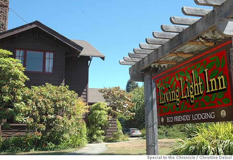 TRAVEL FORT BRAGG , Calif. -- The Living Light Inn was the old Colonial Inn until the Living Light Culinary Institute bought it primarily to house its out-of-town students.  Christine Delsol/Special to The Chronicle Photo: Christine Delsol