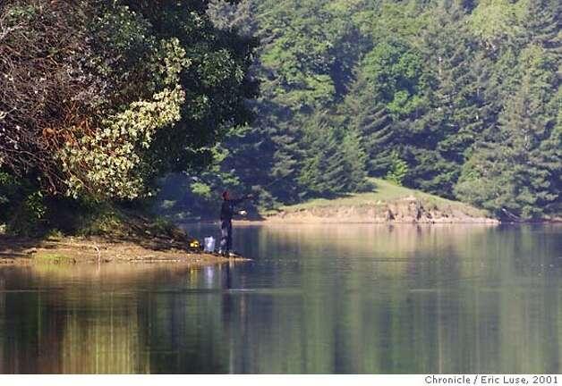 Peaceful lakes beckon bon tempe picnics fishing hiking for Bon tempe lake fishing