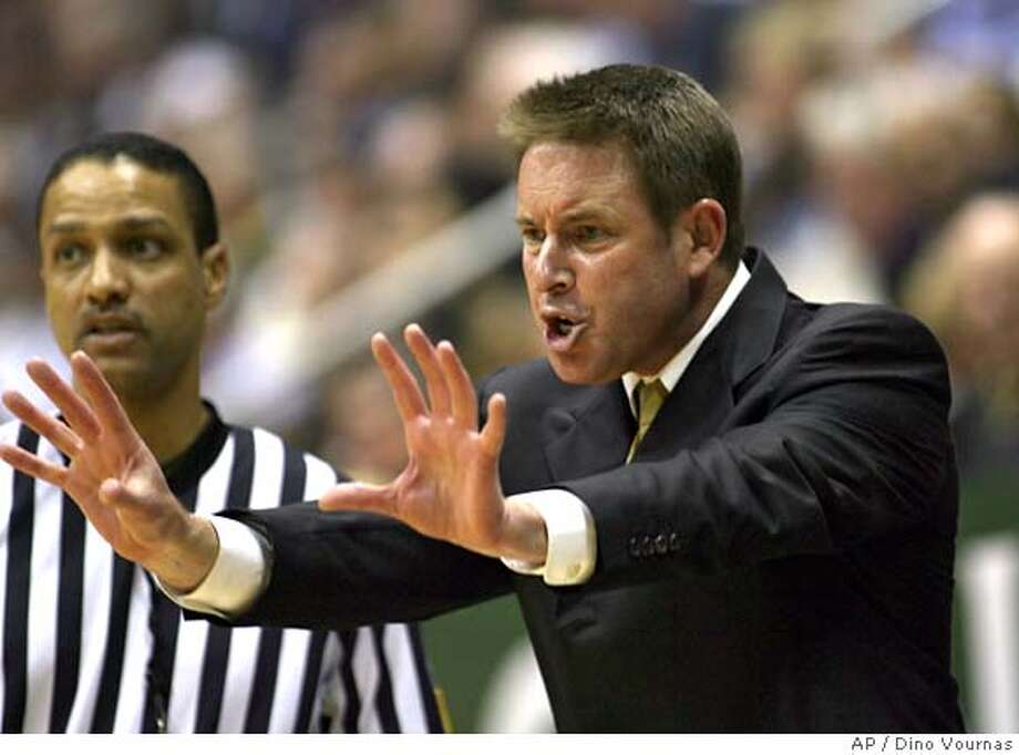 California coach Ben Braun gestures in the first half of a college basketball game against Arizona, Thursday, Feb. 16, 2006, in Berkeley, Calif. (AP Photo/Dino Vournas) EFE OUT EFE OUT Photo: DINO VOURNAS